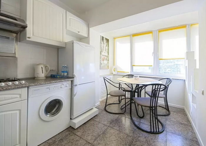 Дизайн кухни с балконом: 15 фото.