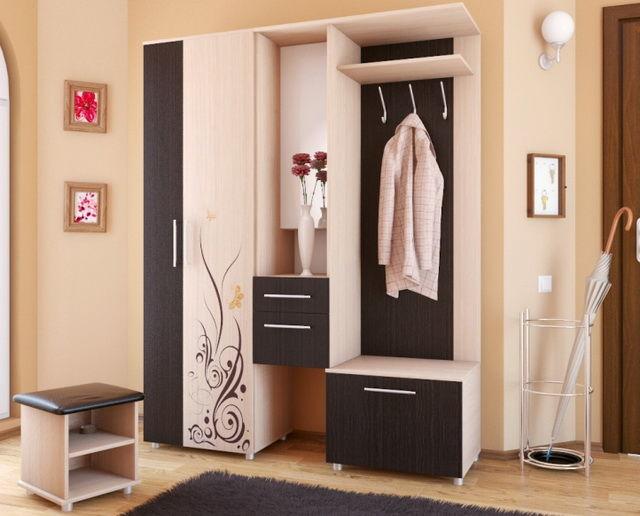 мебель в прихожей фото с узким коридором
