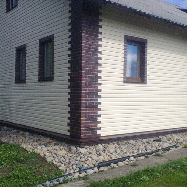 Покраска деревянного дома своими руками