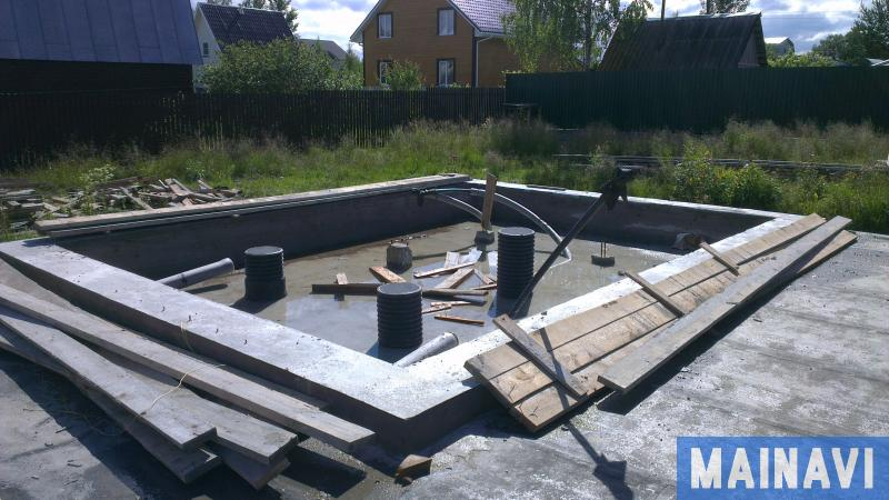 Строительство свайно-плитного фундамента