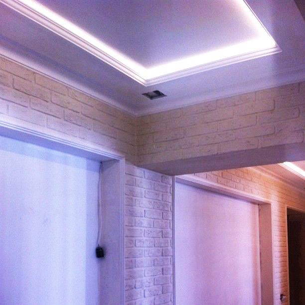 Как сделать потолок из гипсокартона с подсветкой своими руками