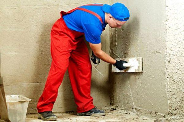 Как штукатурить стены своими руками по маякам и без них