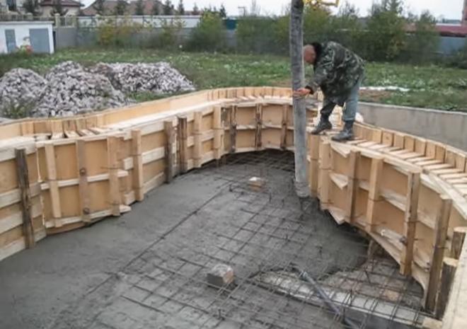Как построить бассайн на даче своими руками