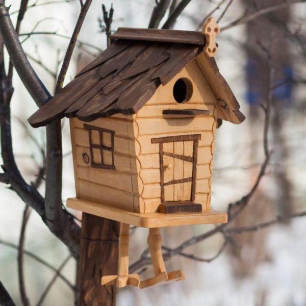 Птичий домик из дерева