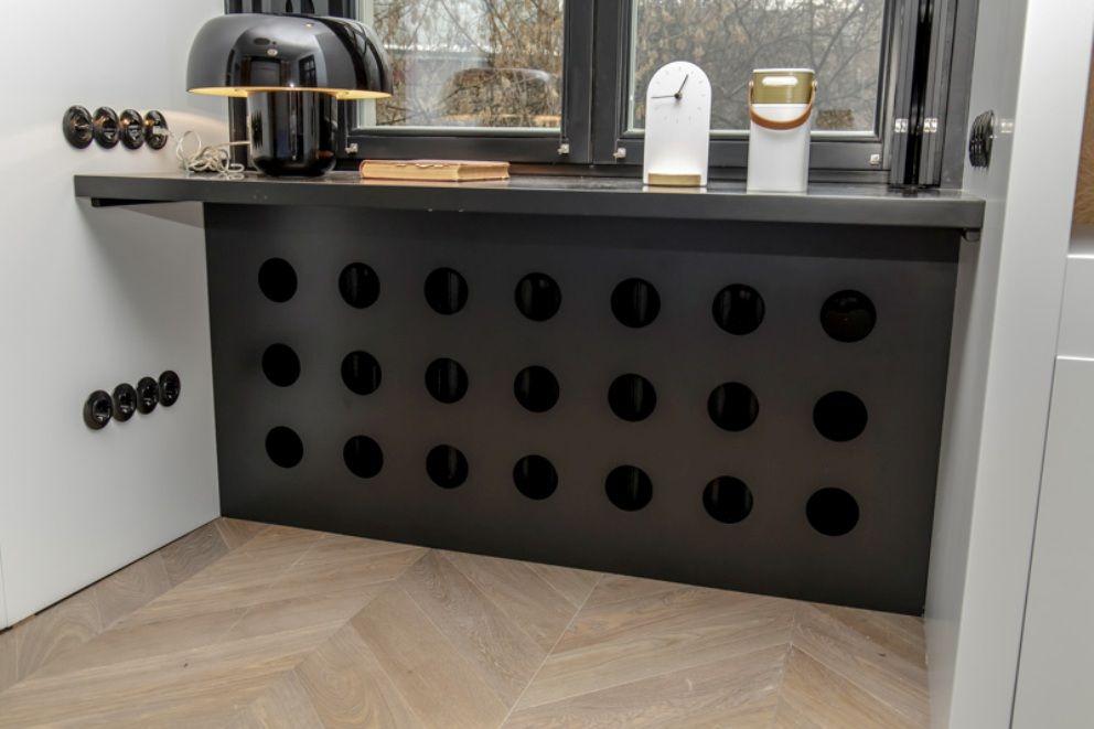 Скрытый радиатор на кухне.