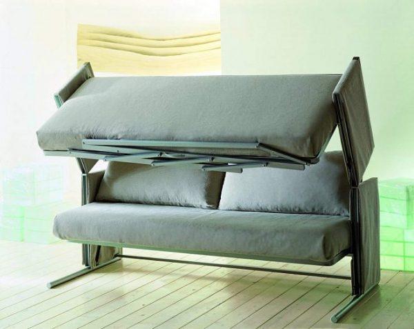 Зеленая кровать-диван
