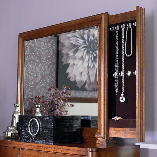 Шкаф для бижутерии