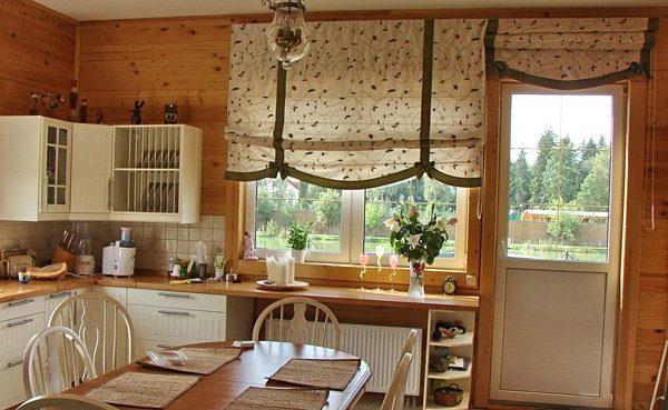 Римское окно на кухне