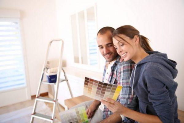 Совместный выбор краски для комнаты