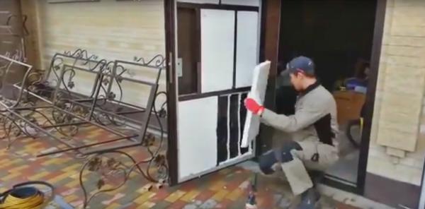 Утепление входной металлической двери в квартире и частном доме