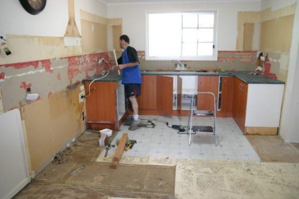 Кухня в процессе ремонта
