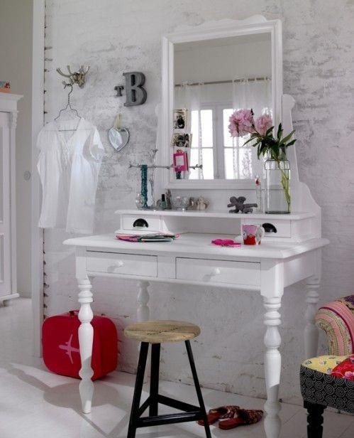 Как выбрать мебель для подростковой комнаты для девочки