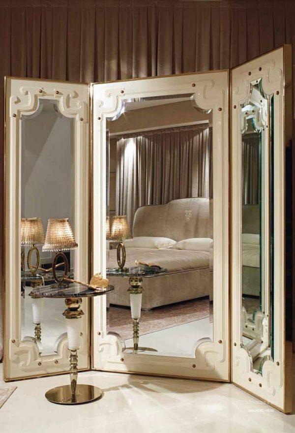 Зеркальная ширма в спальне