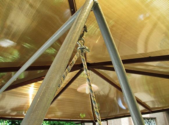 Качели на даче своими руками из металла
