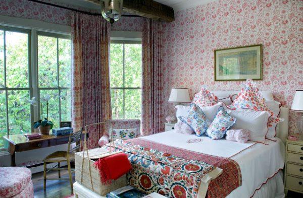 Спальня в загородном коттедже в стиле прованс