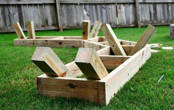 Садовая скамейка со спинкой из дерева своими руками