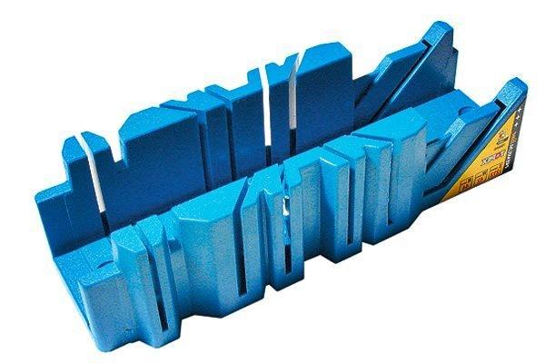 Как клеить потолочные плинтуса из пенопласта