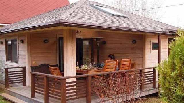 Идеи проектов бани с террасой и барбекю