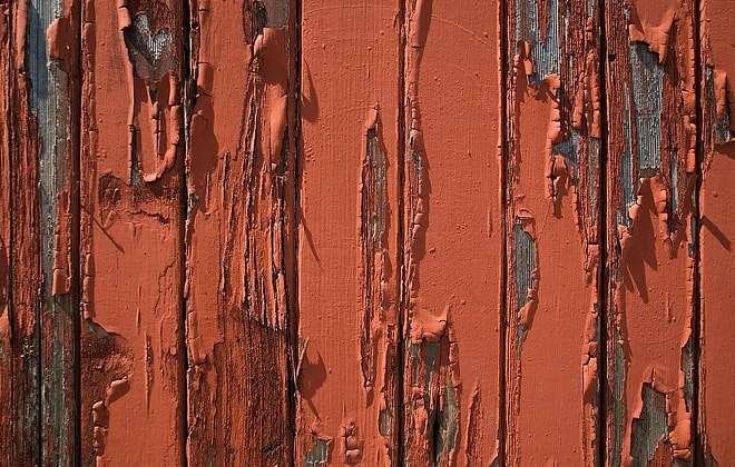 Какую краску выбрать для наружных работ по дереву