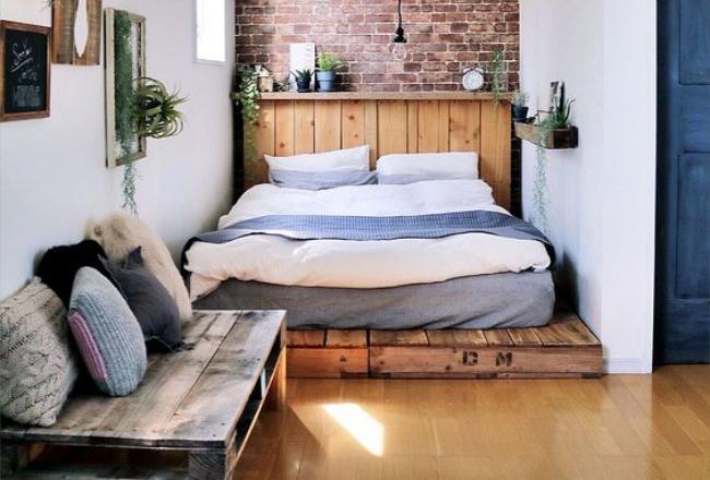 Как сделать кровать из поддонов
