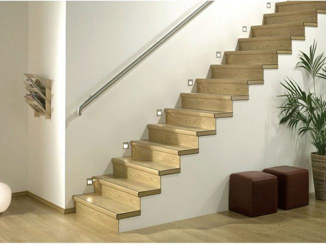 Отделка лестницы на второй этаж