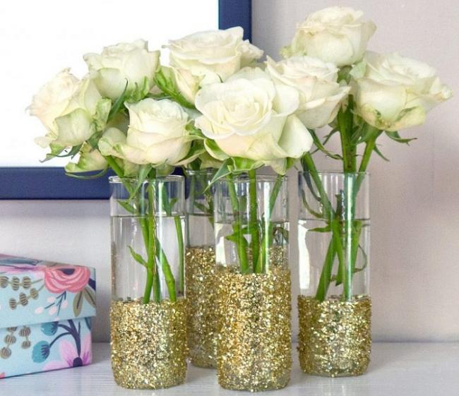 decorate-your-plain-glass-10 Как сделать вазу из банки своими руками: 6 способов и 50 фото