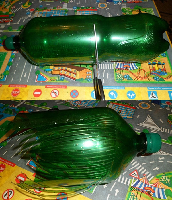 Пластиковая пальма из бутылок