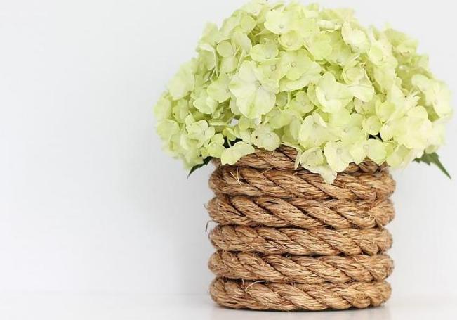 vases-fit-for-a-beautiful-bouquet-2 Как сделать вазу из банки своими руками: 6 способов и 50 фото