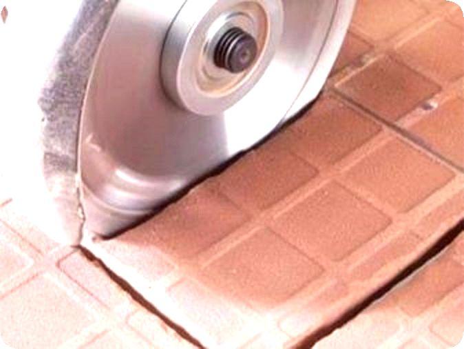 Как сделать отверстие в плитке?