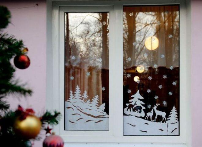 Трафареты на окна к Новому году 2019