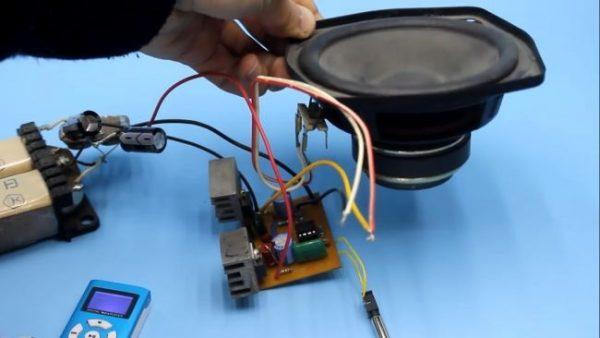 Простой УНЧ на транзисторах