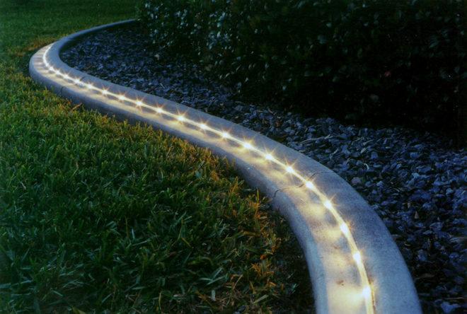 Волшебство на даче - светящиеся дорожки
