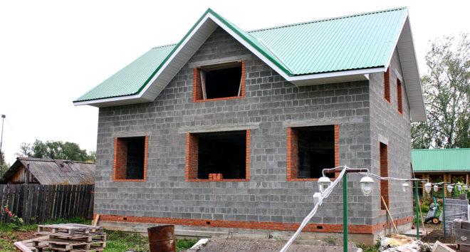Из чего построить самый дешевый дом