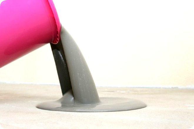 Как сделать самовыравнивающийся наливной пол в квартире