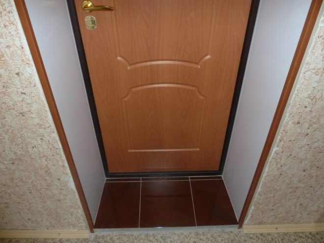 Все об утеплении входной двери частного дома - Дача