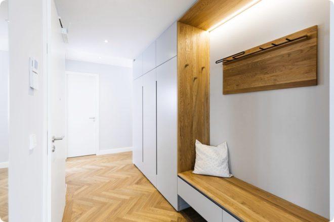Дизайн прихожей с узким коридором - идеи 2020