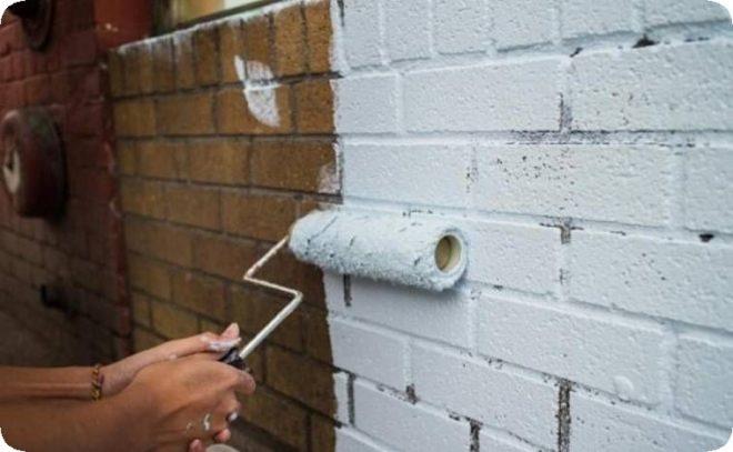 Чем и как покрасить фасад кирпичного дома