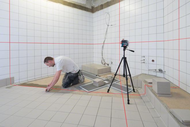 Декорирование стены под кирпич гипсовой плиткой