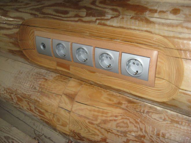 Монтаж скрытой проводки в деревянном доме
