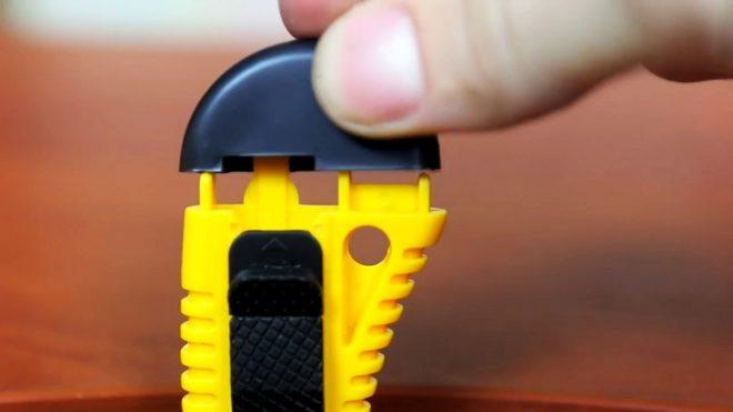 Как сделать карманную пилу из канцелярского ножа