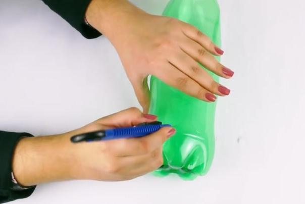 Как сделать метлу из пластиковых бутылок