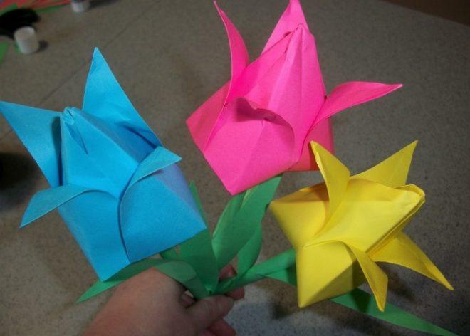 Делаем тюльпан из бумаги