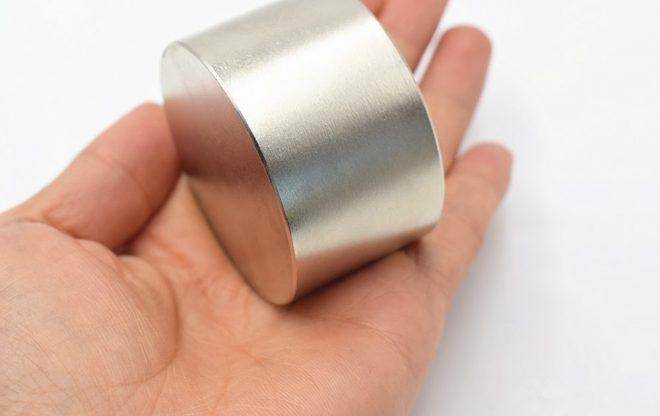 Намагничивание отверток без магнита ? простой способ
