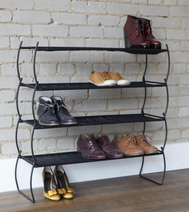 Как сделать обувницу