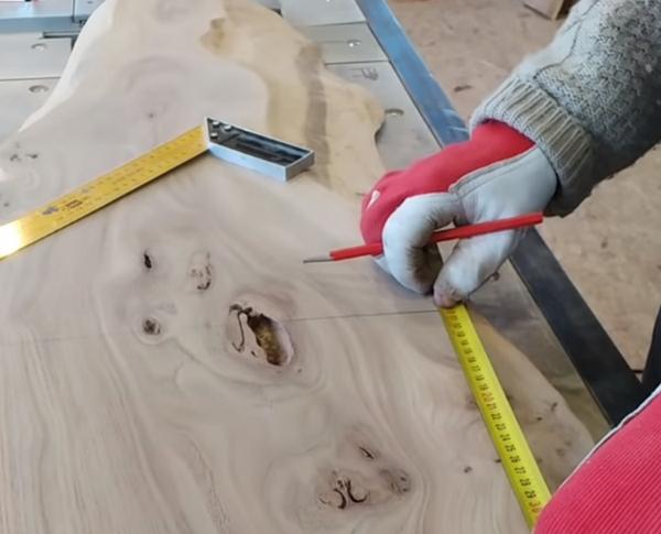 Как сделать стол своими руками из эпоксидной смолы