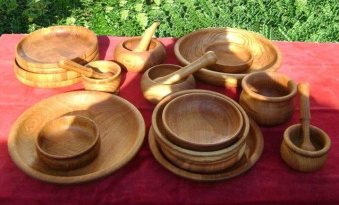 Чем покрыть посуду из дерева для еды