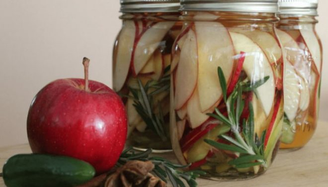Консервированные домашние яблоки на зиму.