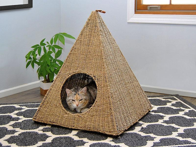 Смотрим, как пошагово сделать вигвам для кота.