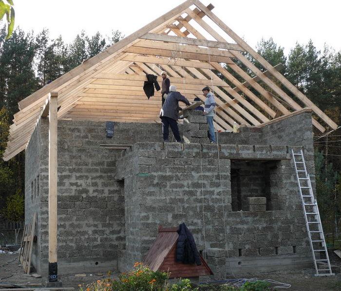Двухскатные крыши своими руками фото