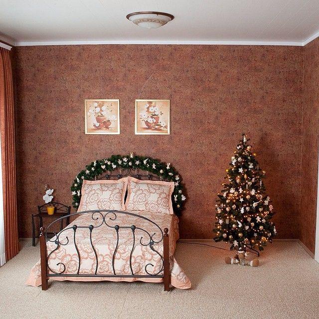 Новогоднее оформление комнаты своими руками